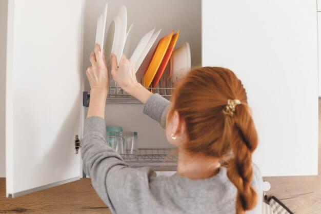 Kitchen Cabinet Organisation Tips